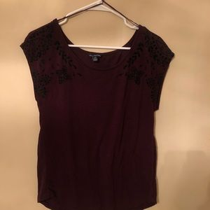 Burgundy American eagle size medium short sleeve